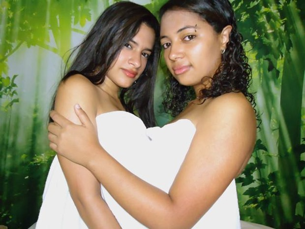 Candence4mixxty hot latina cam lesbians